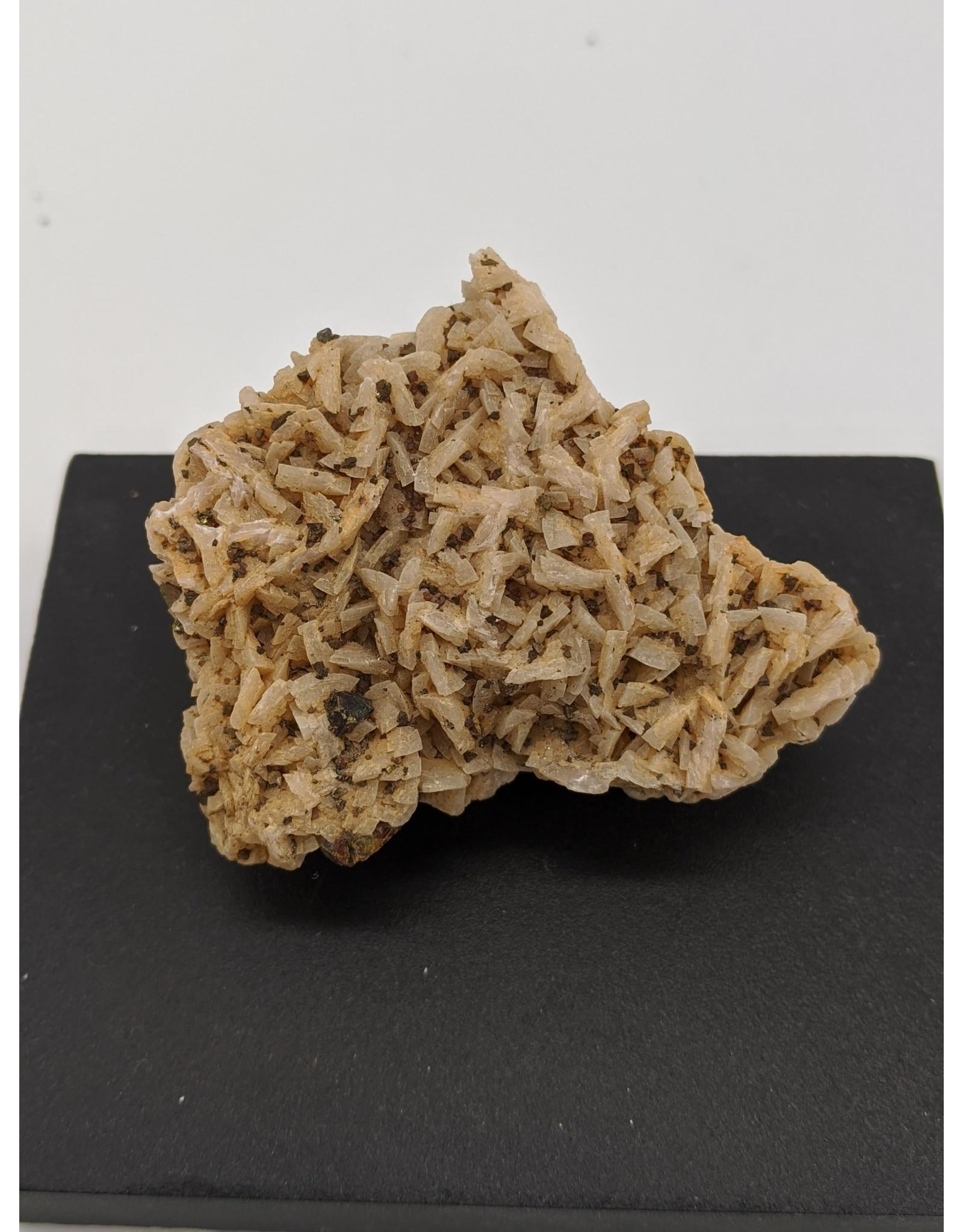 Sphalerite, Dolomite, Pyrite and Calcopyrite