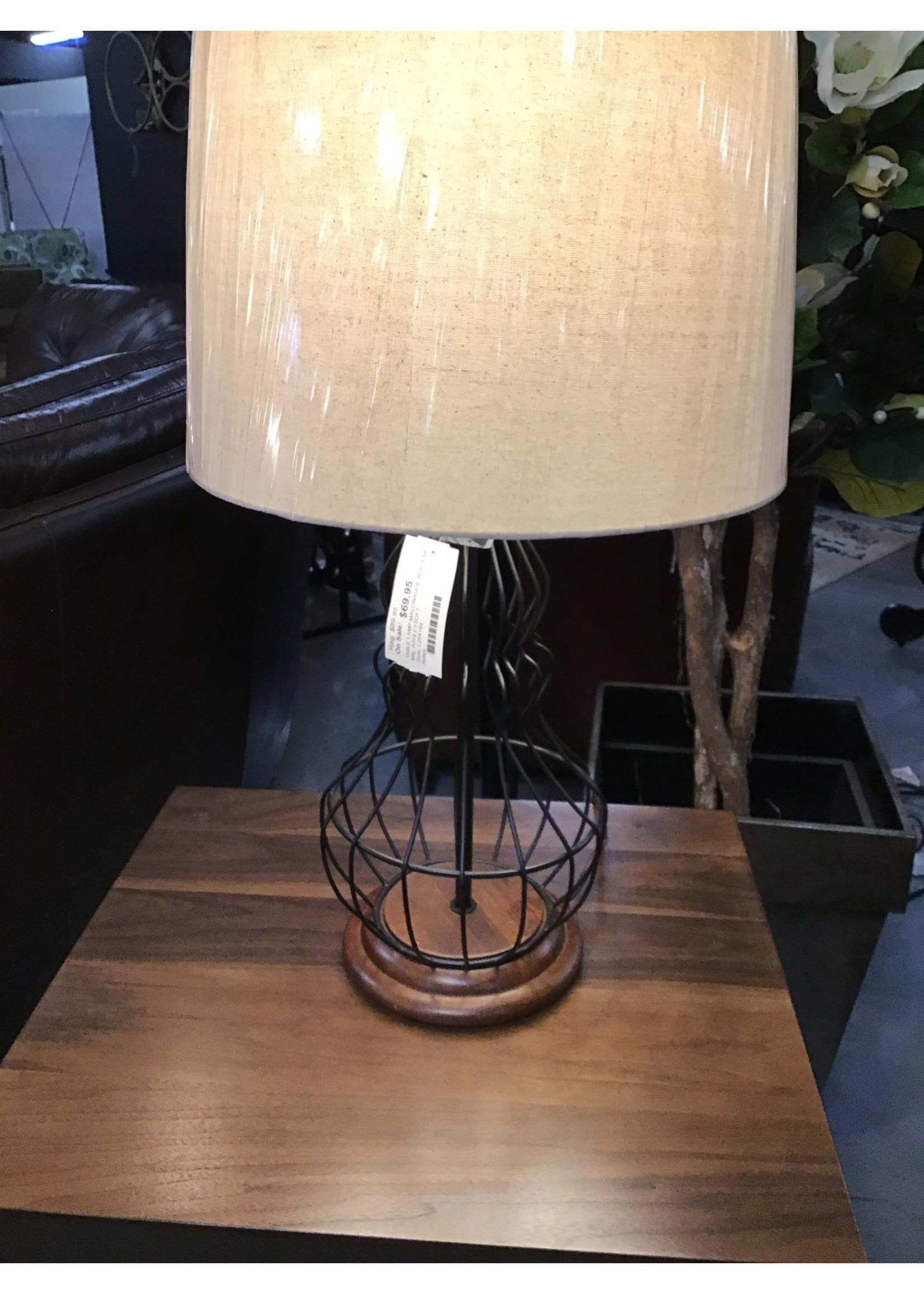 ASHLEY MACONAQUE TABLE LAMP IN BLACK METAL