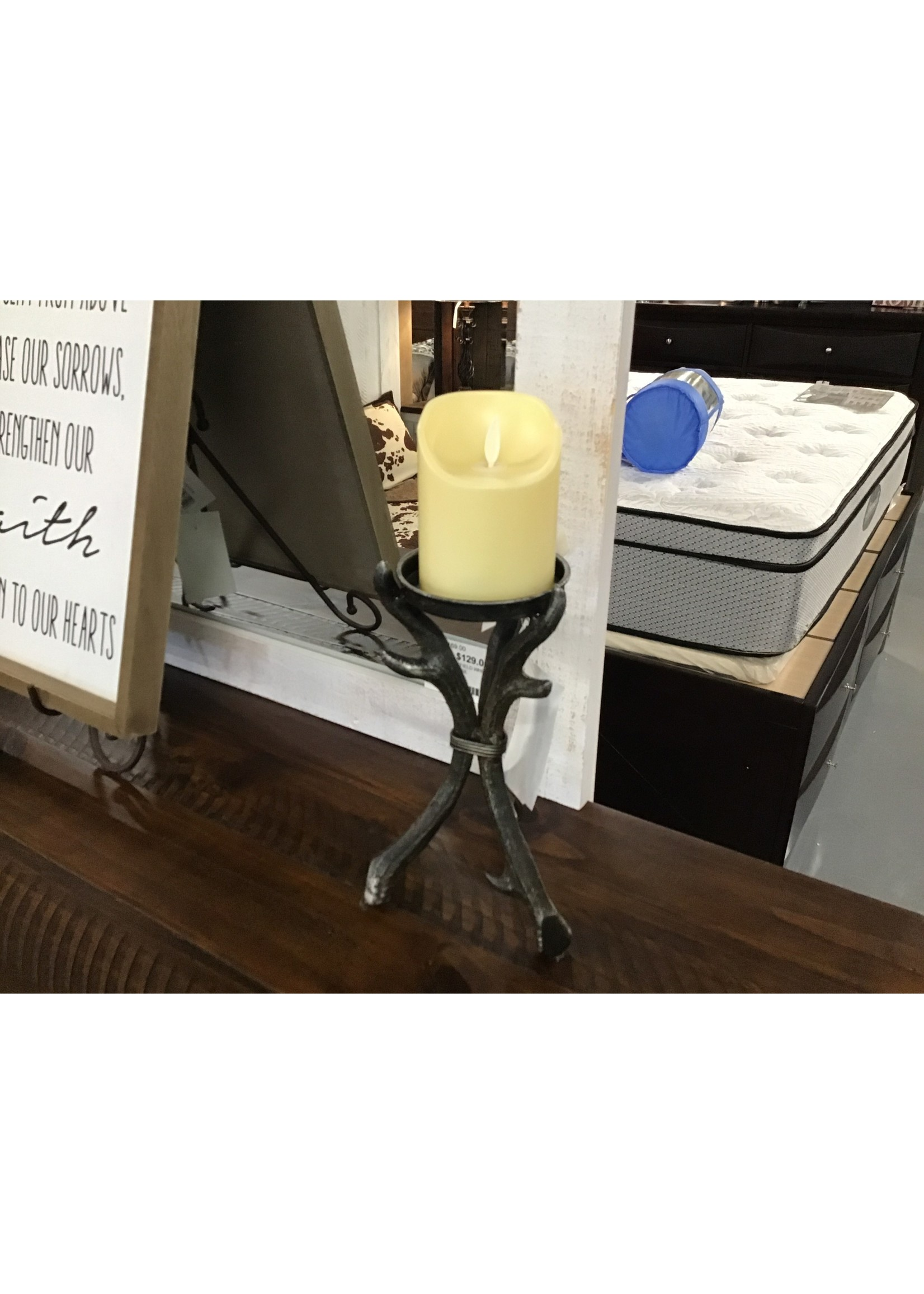 GANZ CAST IRON CANDLE HOLDER SMALL ANTLER