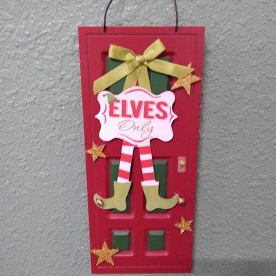 GANZ EX26804 ELVES DOOR ORNAMENT