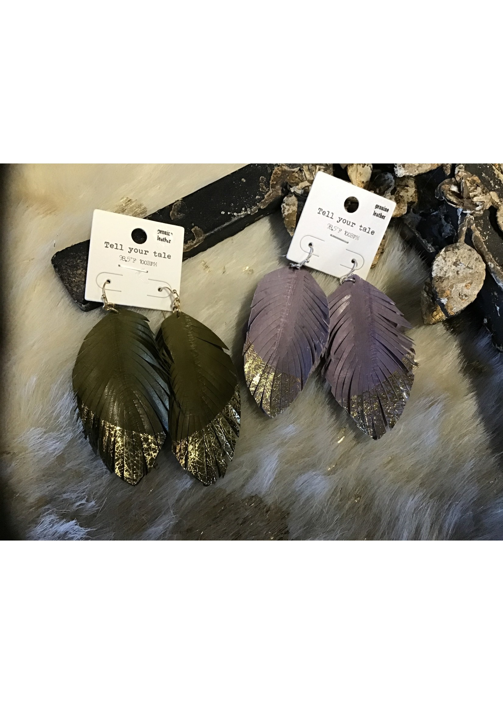 CE1624 EARRING LEATHER FEATHER GOLD TIP ASST.