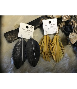 CE1814 EARRING LEATHER FEATHER W/ METAL BAR