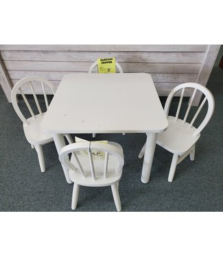 TENNESSEE ENTERPRISES CHILDS WINDSOR TABLE & 4 CHAIRS WHITE