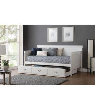 ACME BAILEE PANEL DAYBED IN WHITE