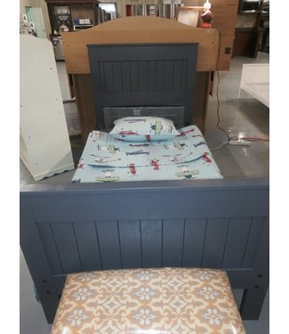 PINE CRAFTER MC21 3/3 TWIN MATES BED Grey