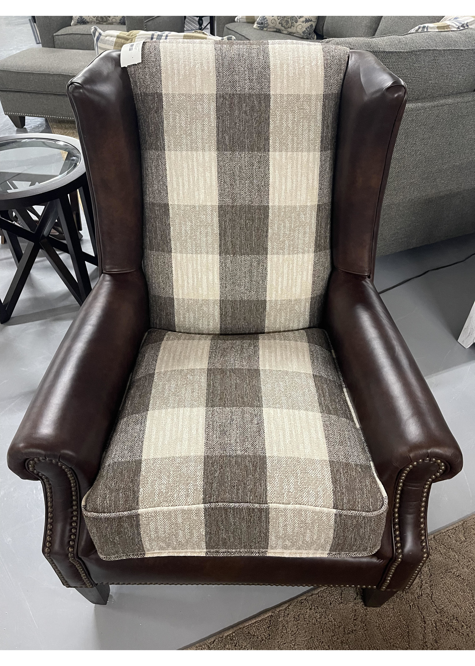 NATIV LIVING CANYON ACCENT CHAIR