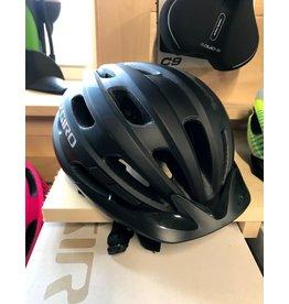 Giro Cycling Giro Cycling Hale MIPS Youth Helmet - Matte Black (Size UY)