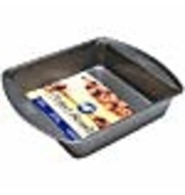 Wilton Wilton Perfect Results 8-Inch Square Cake Pan