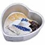 Wilton Wilton Decorative Preferred 6-Inch Heart Pan