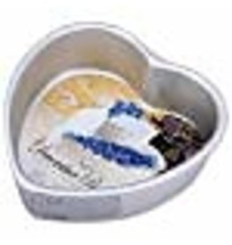 Wilton Wilton Decorative Preferred 6-Inch Heart Pan