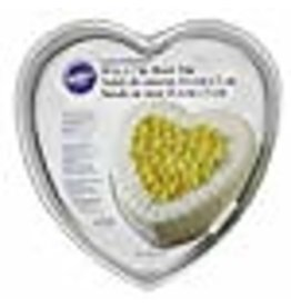 Wilton Wilton Decorator Preferred 10-Inch Heart Shaped Cake Pan