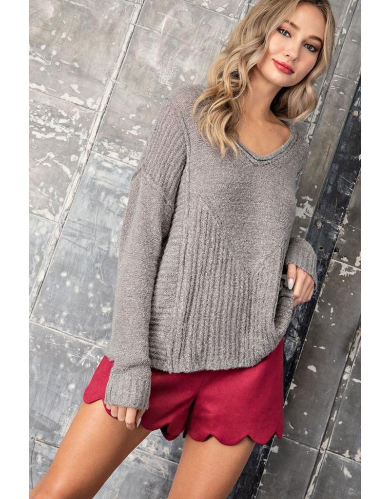 V Neck Sweater - Heather Grey