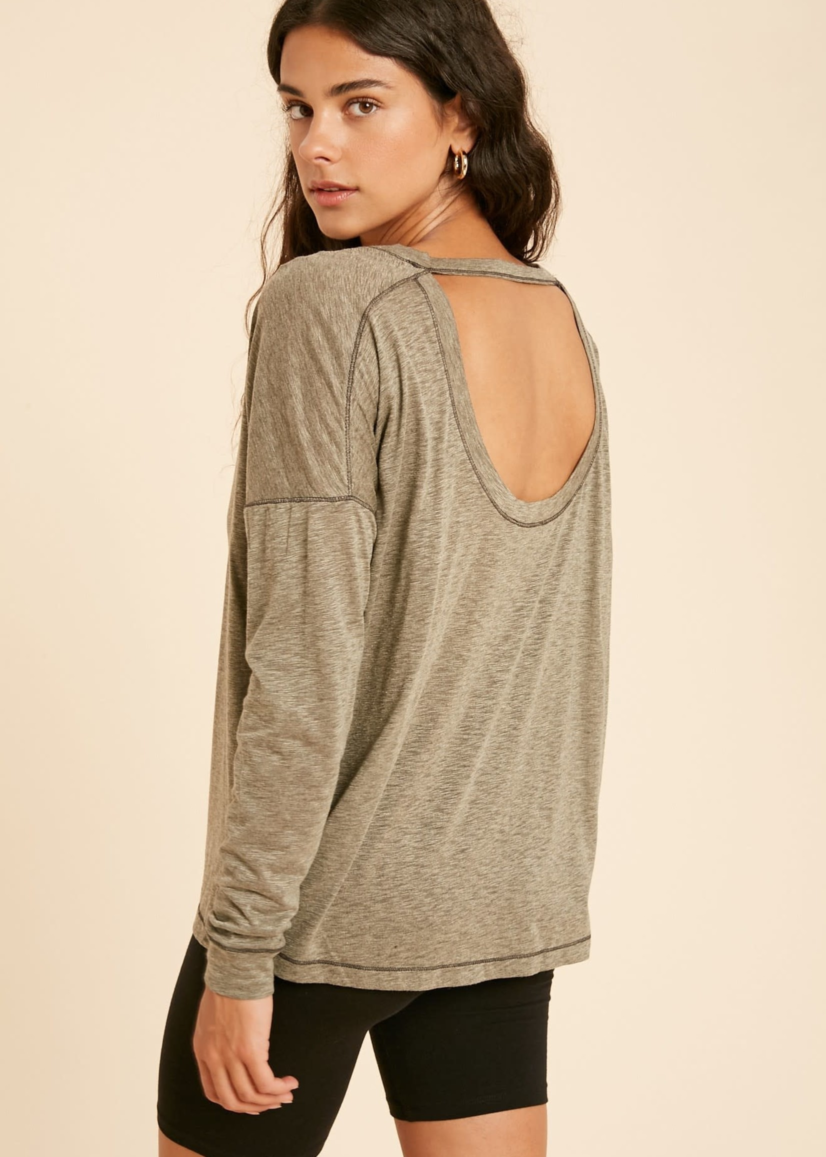 Long sleeve top with open back - Olive