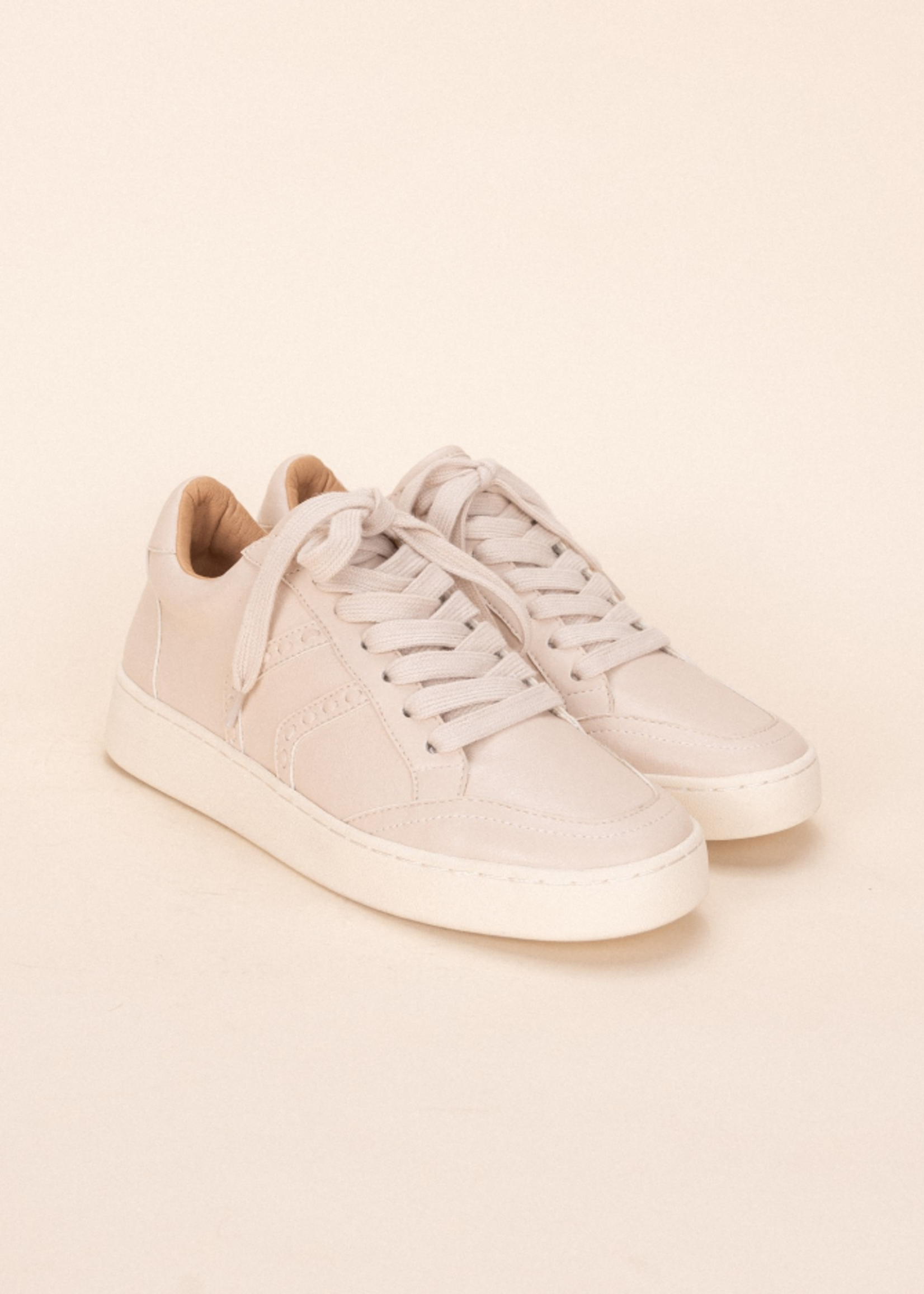 Sneaker with Stitching - Beige