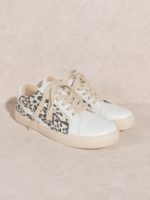 Sneaker with Leopard - White