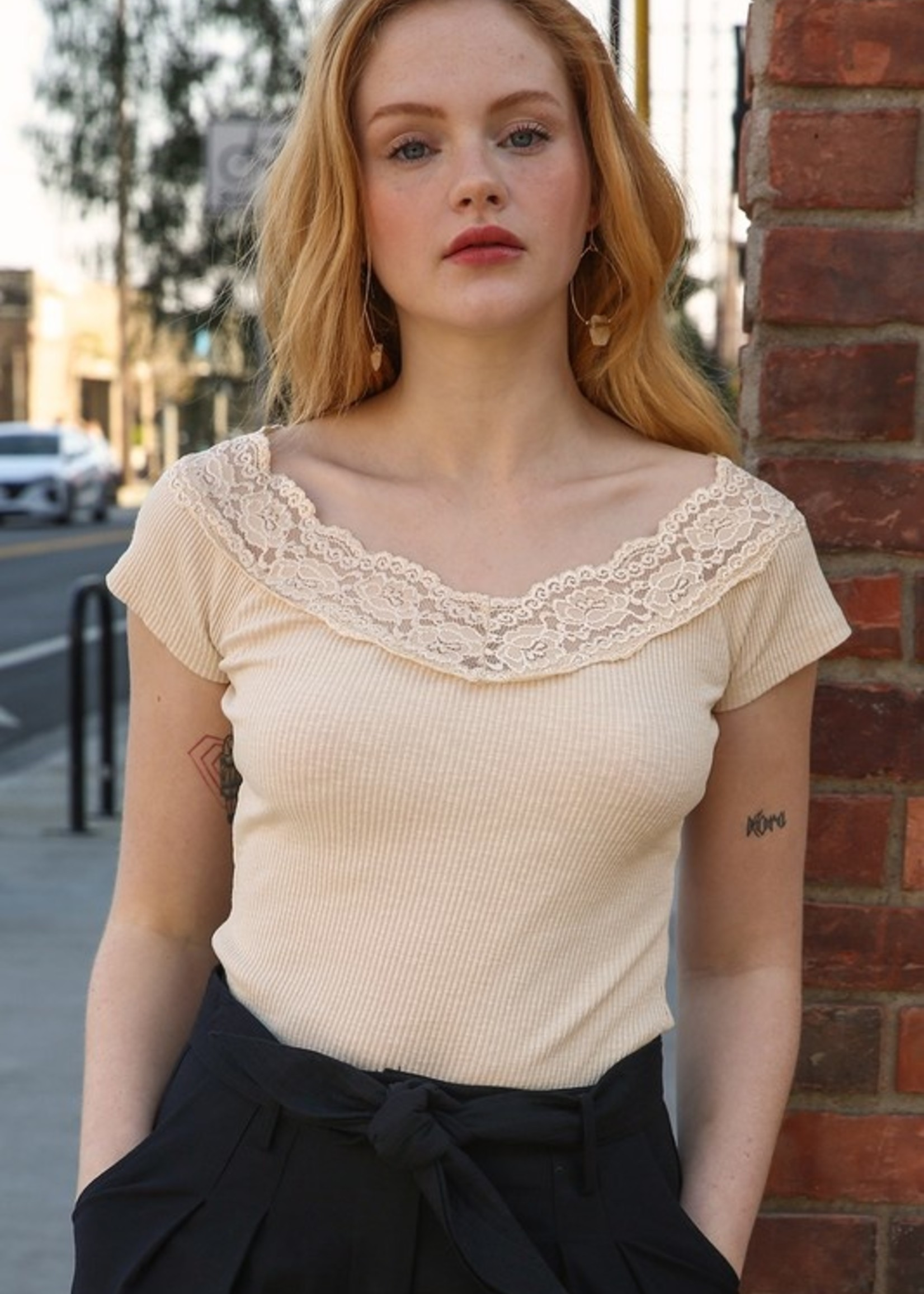 Ribbed Top with Lace - Champagne