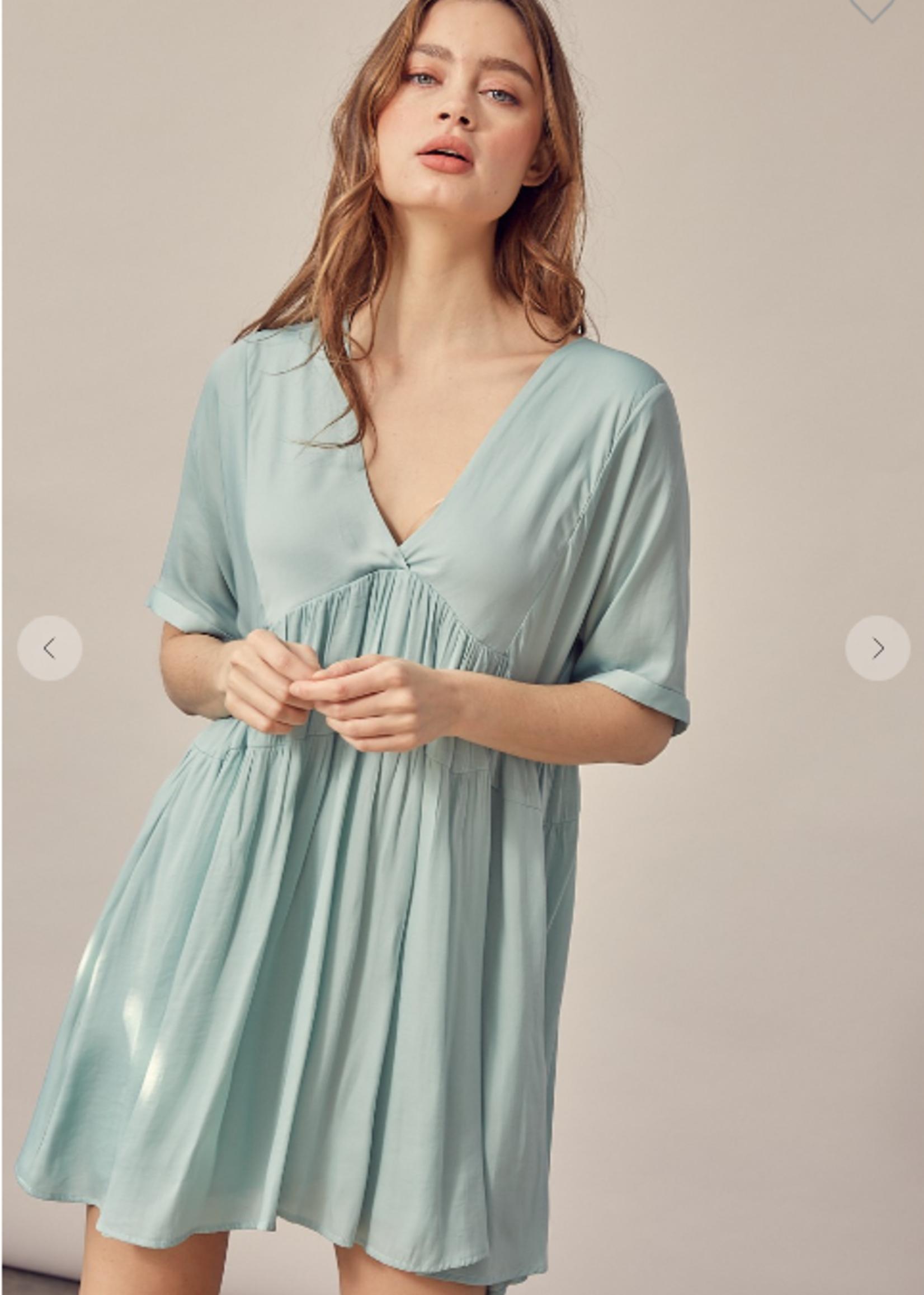 V Neck Tiered Mini Dress - Mint