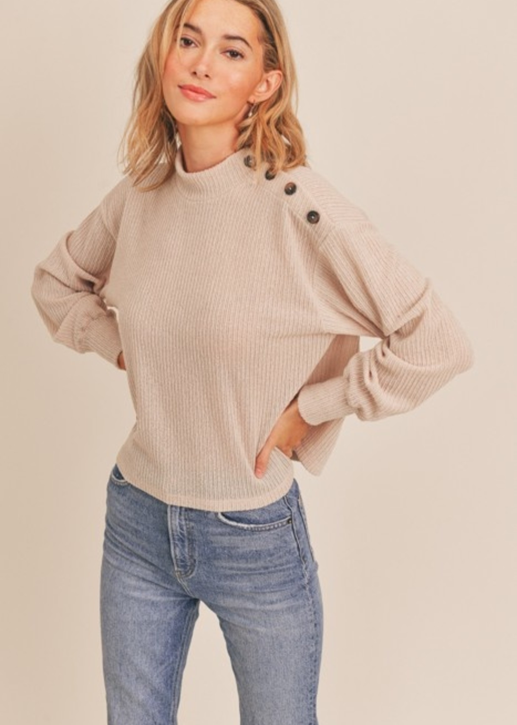 Lush Side Button Top - Natural