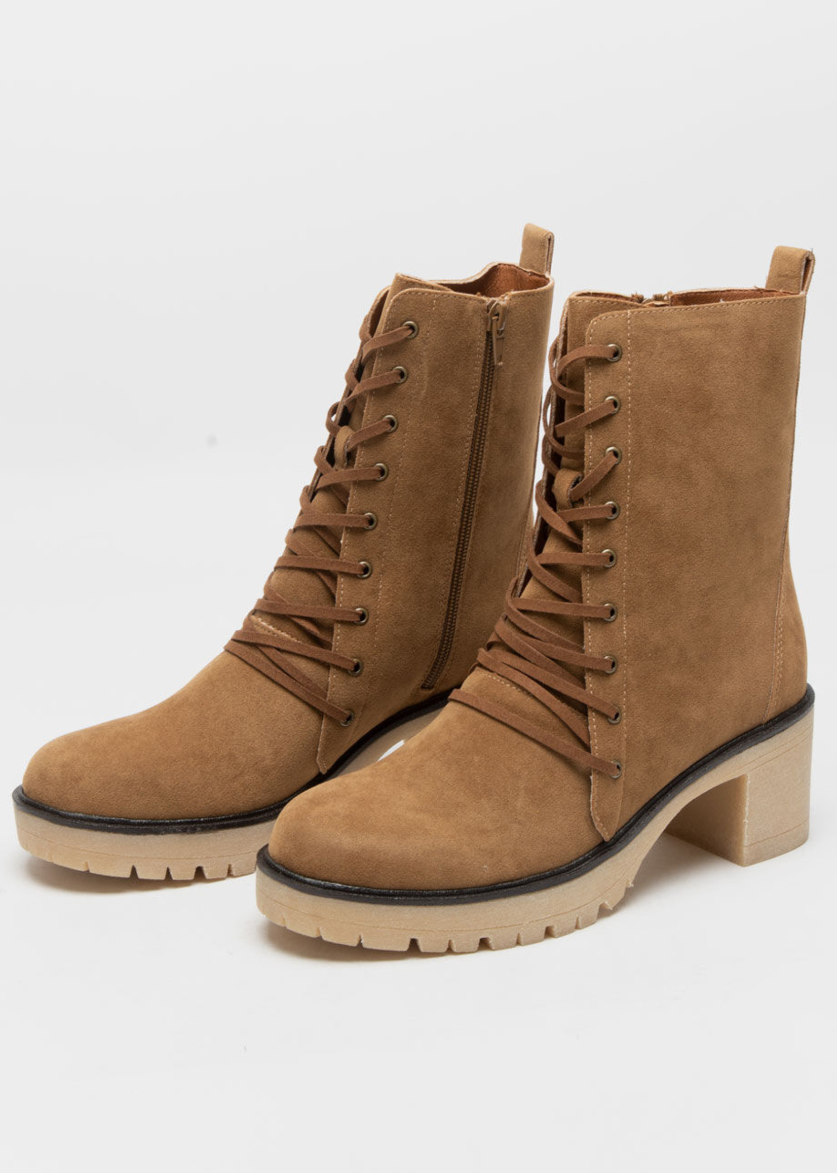 Jamie Lace Up Boot - Camel