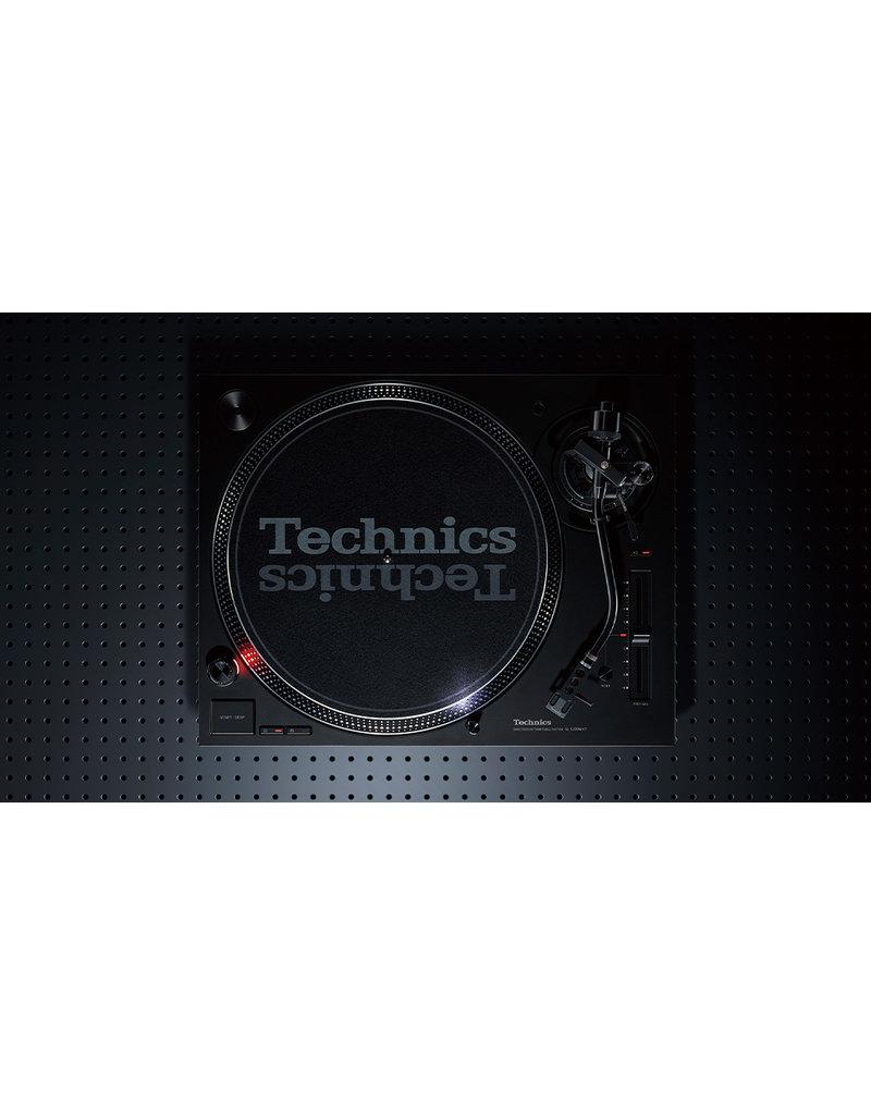 Technics SL-1200 MK7 Turntable