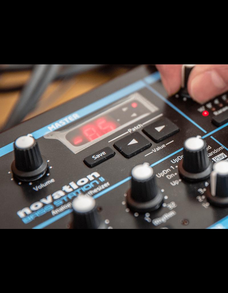 Novation Bass Station II - Pure Analogue Monosynth
