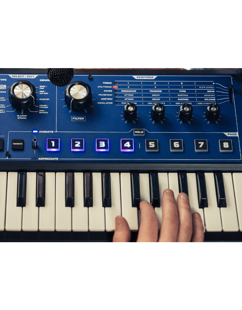 Novation MiniNova - Micro Synth