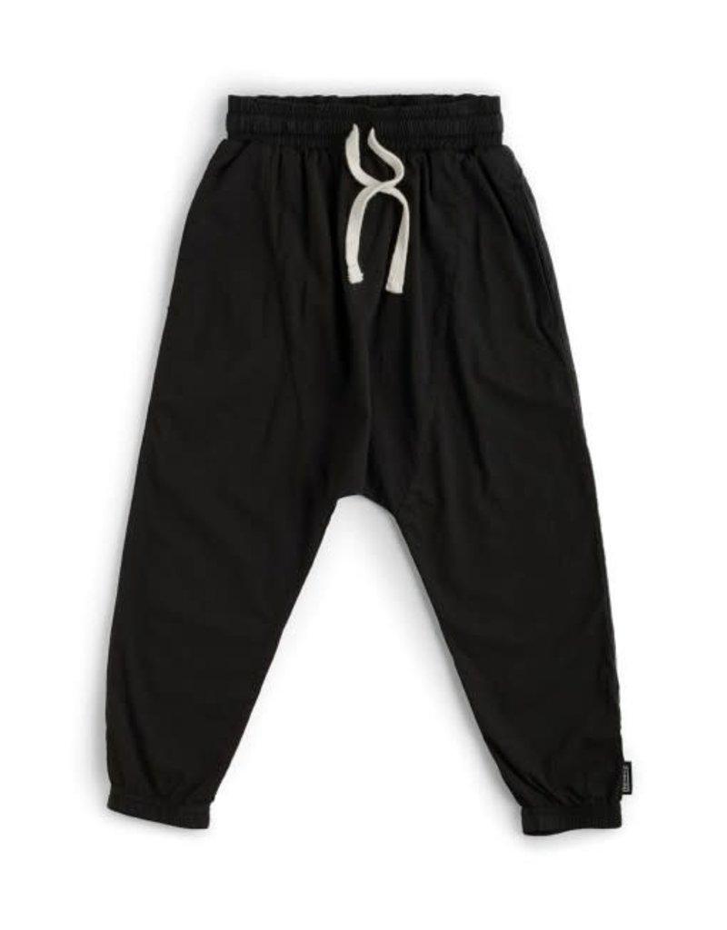 nununu Airy Baggy Pants