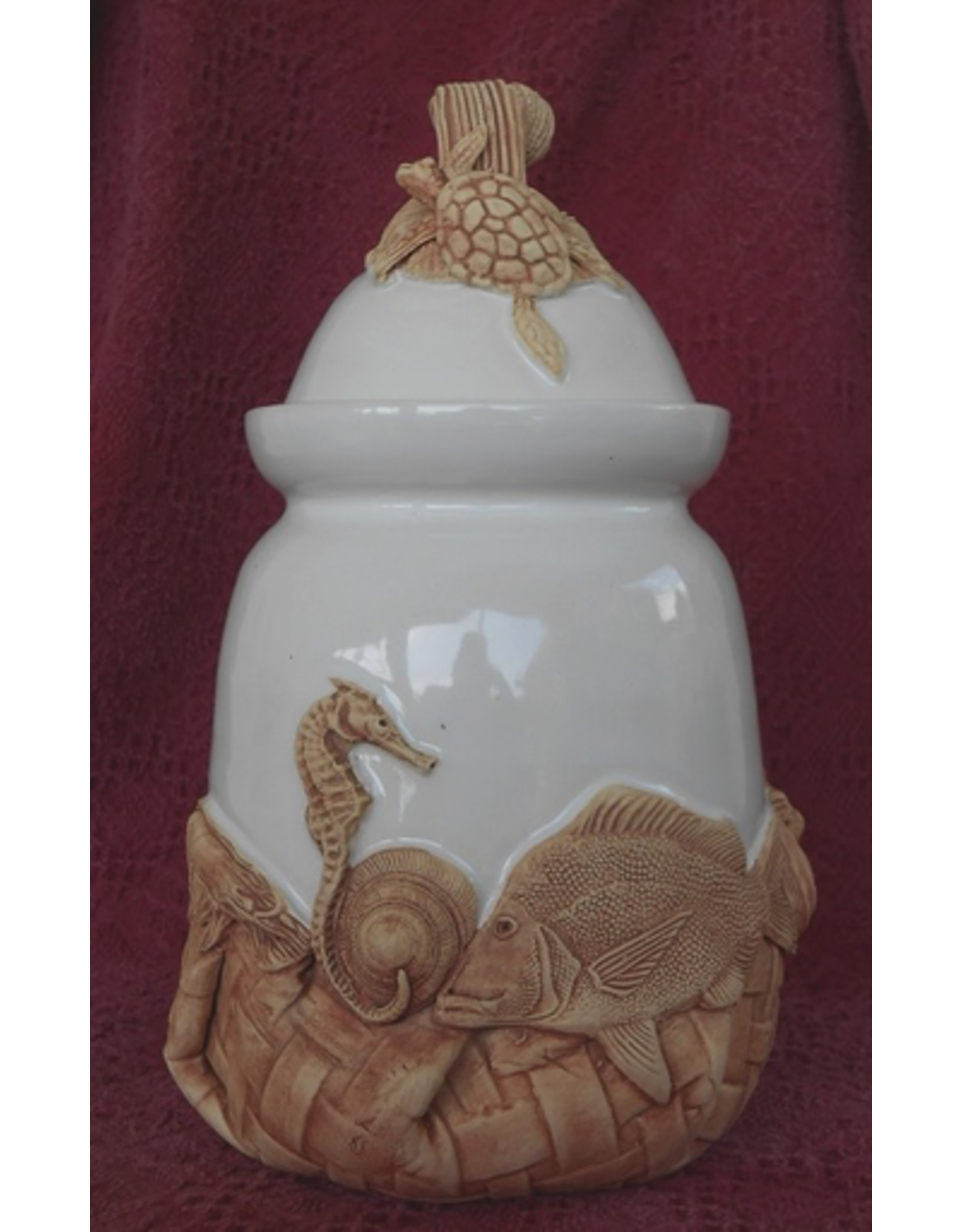 Charlestowne Porcelaine CANISTER (Lg, #46, CHAP)