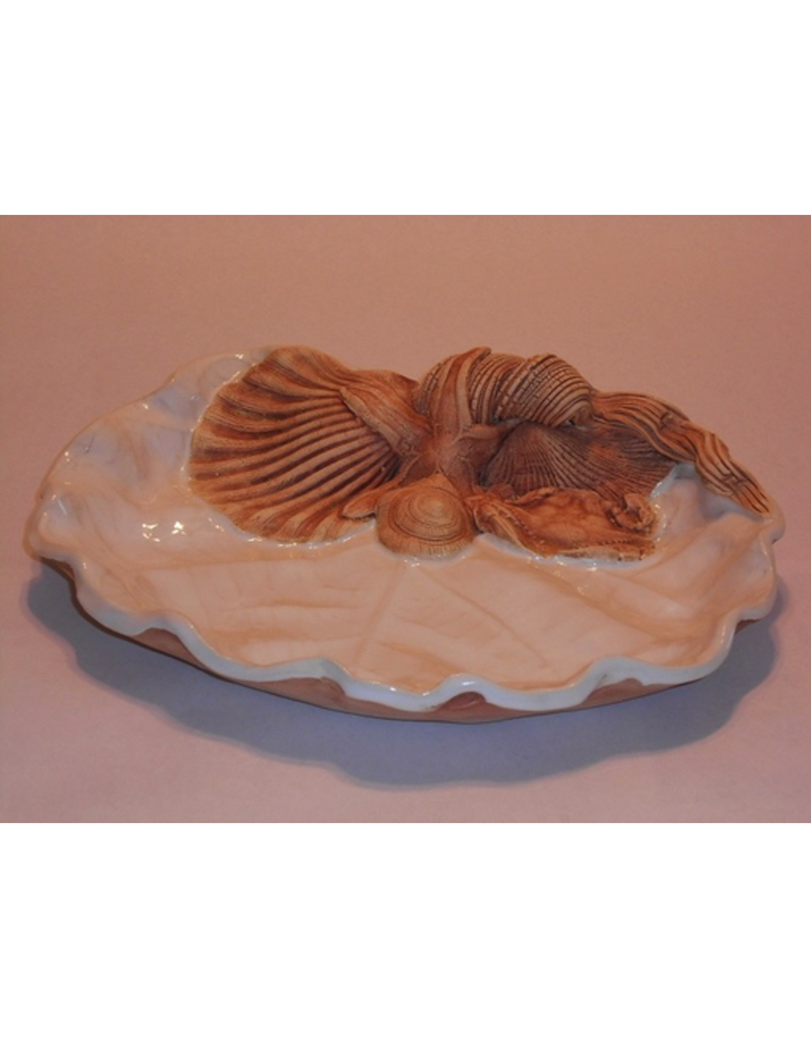 Charlestowne Porcelaine DISH (Sea Grape Leaf, #66, CHAP)