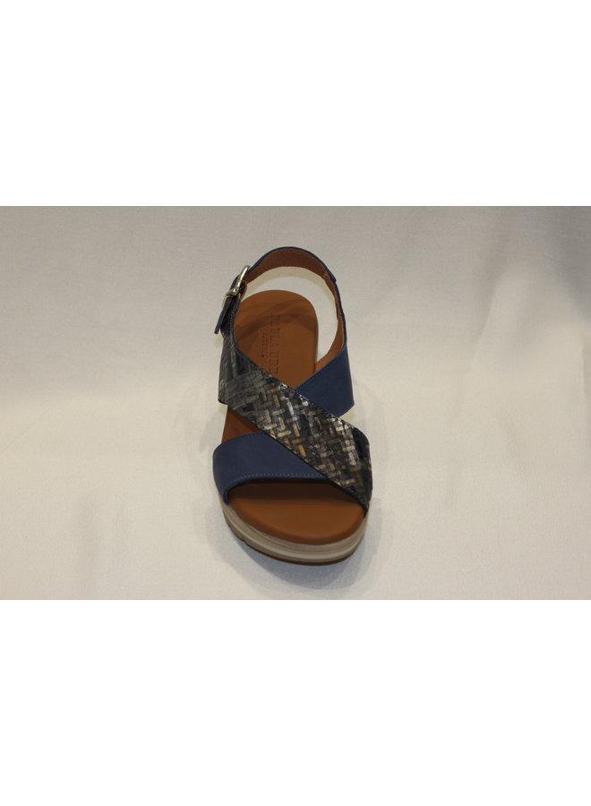Wedge criss cross open sandal 1-8068