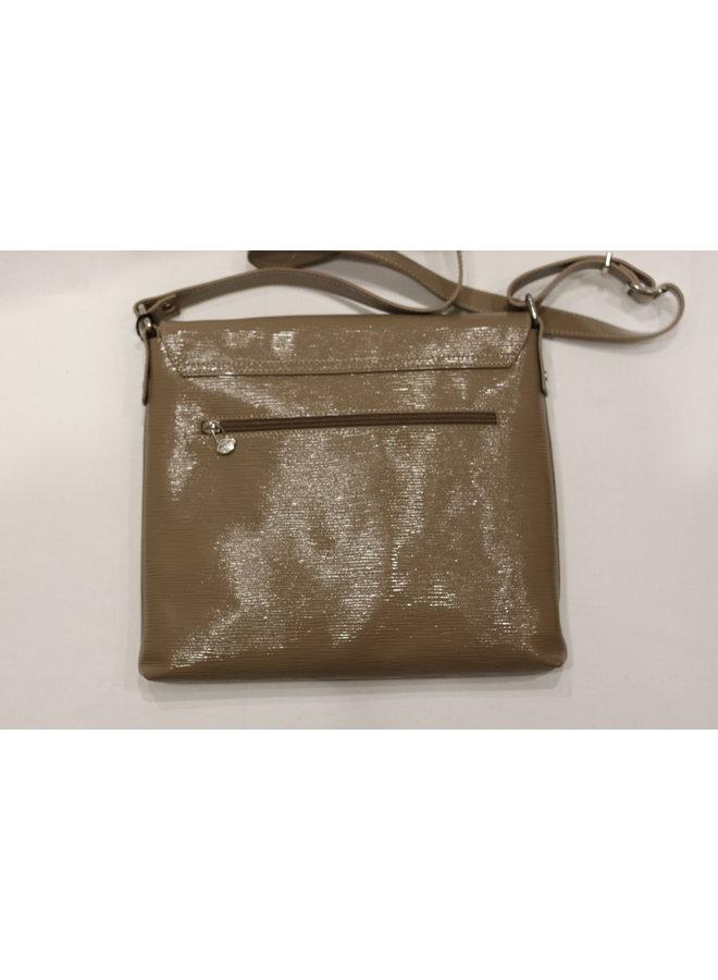 Midsize Crossbody Patent Flap Handbag 058025