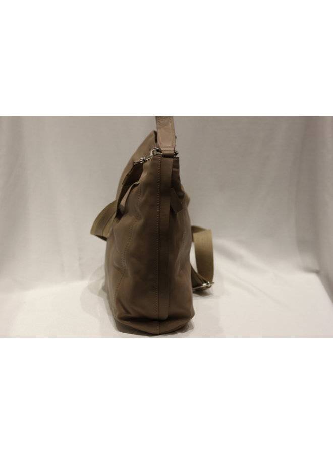 X-Large Crossbody Tote w/strap 4364630