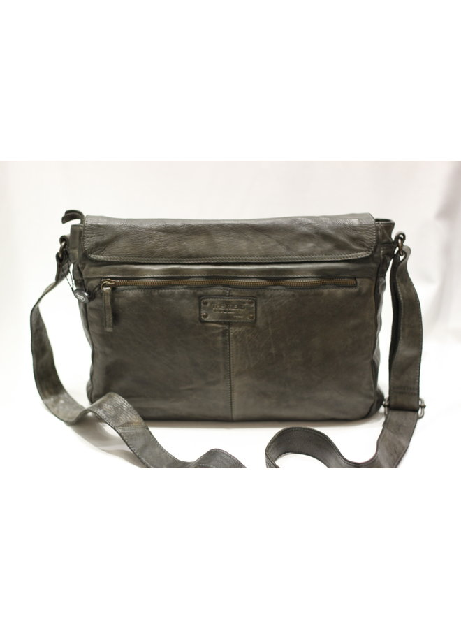 Midsize Messenger bag w/padded pocket 22746