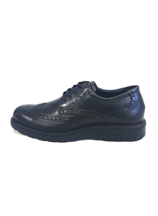 Wingtip lace-up MOE