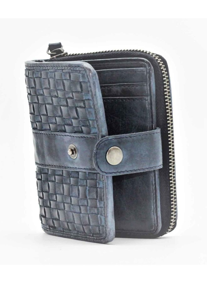 Small weave wallet 23450