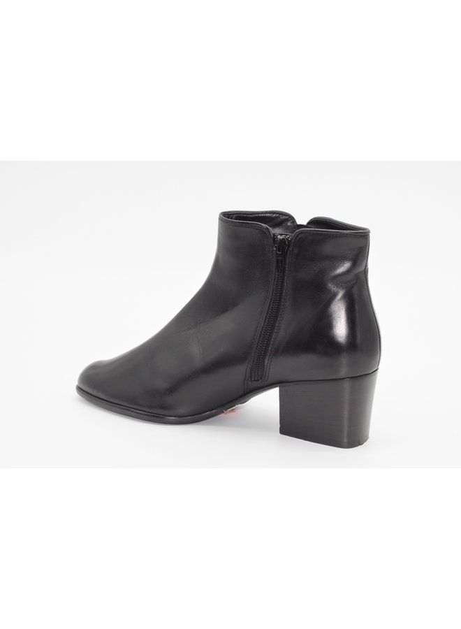 Leather Bootie Caesar