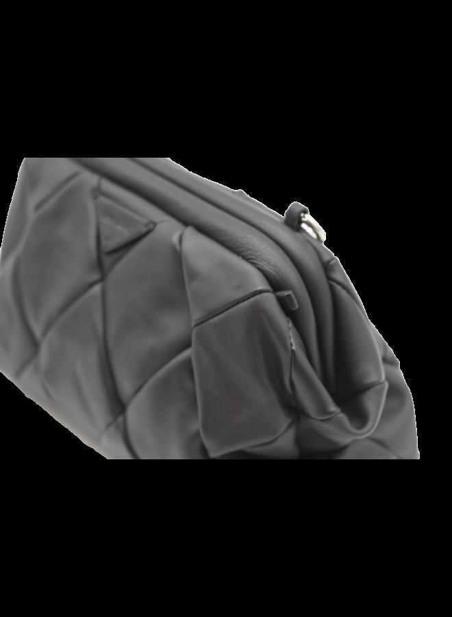 Small Diamond pattern Shoulder    5090316