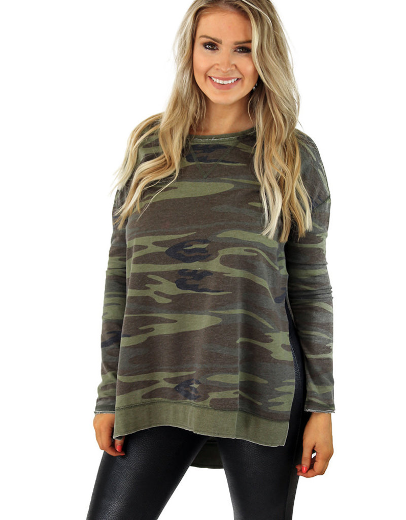 THE WEEKENDER TOP-CAMO or Heather Gray
