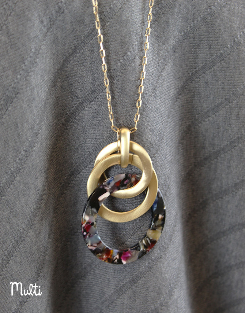 CIRCLE PENDANT- Brown or Multi