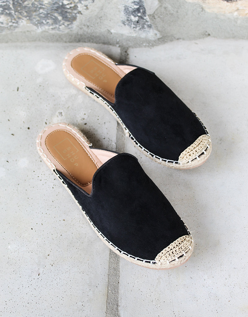 WANDA MULE- 2 colors available- Black and Nude