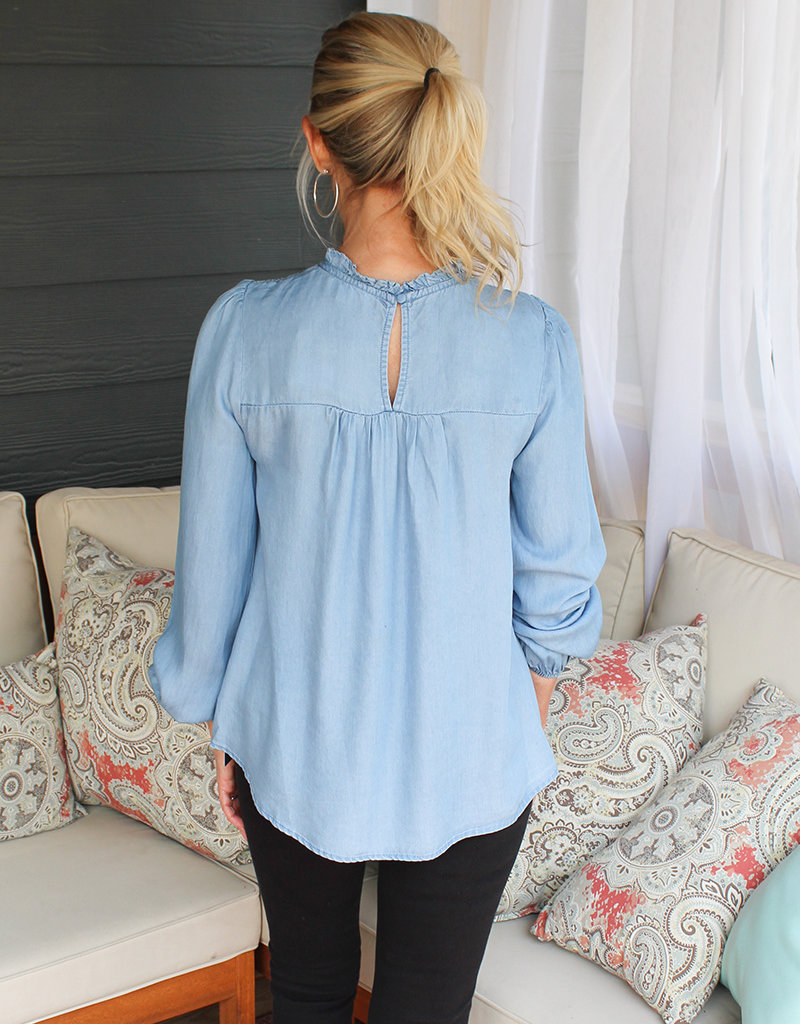 CHAMBRAY BLOUSE