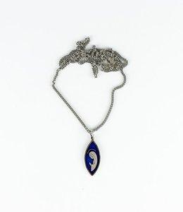 Médaille Vierge Marie émaillée bleue sur chaîne