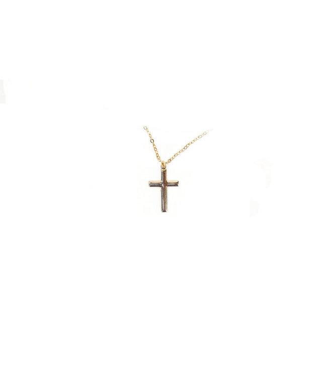Pendentif : chaîne et croix dorés