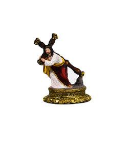 Statue Jésus portant sa croix