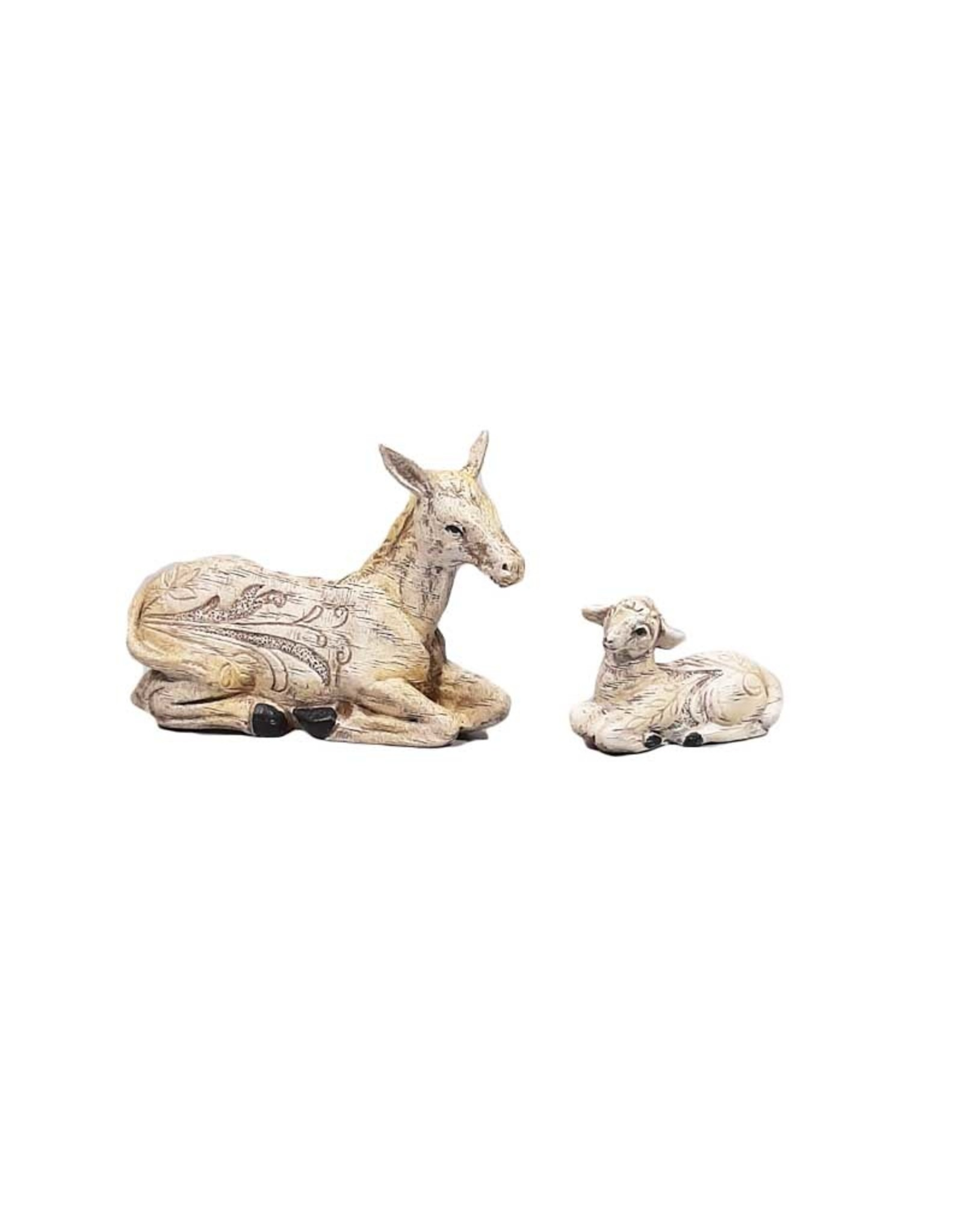 Colored resin nativity scene with engraved floral motifs (10 pcs)