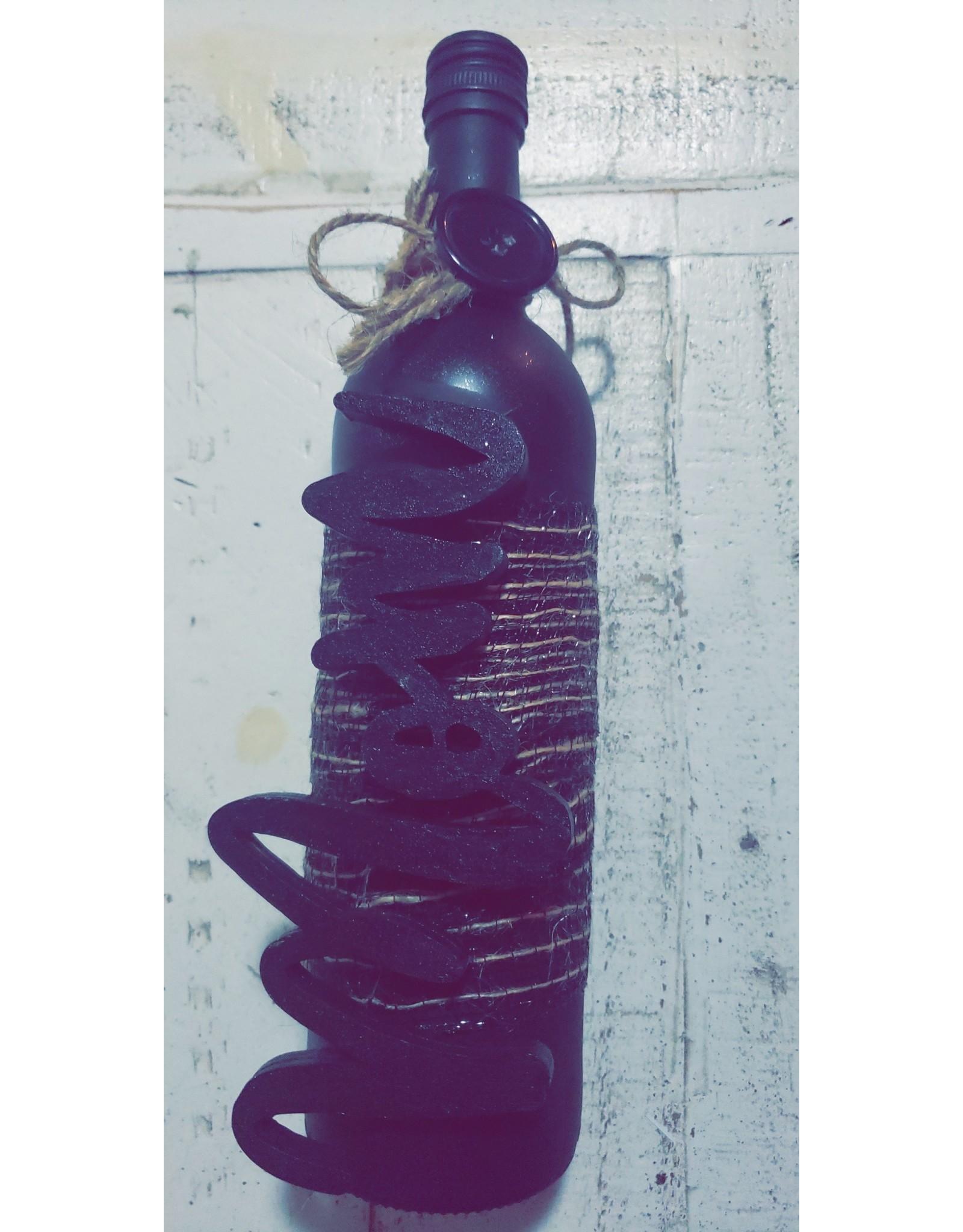 Angel Vaughan Mom Bottle