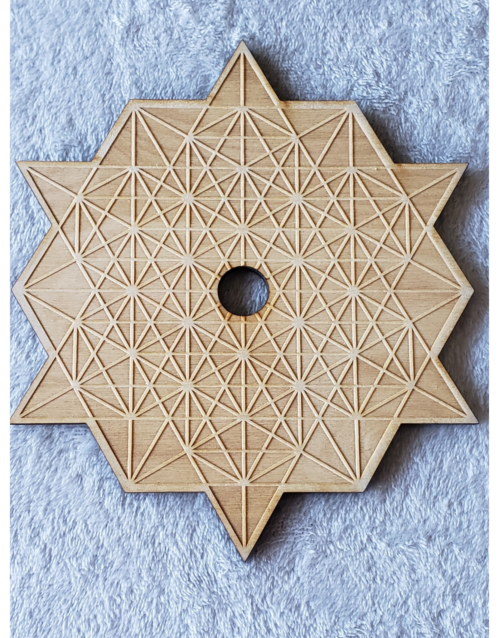 """Zen and Meow Tetrahedron Sphere Holder Crystal Grid - 8"""""""