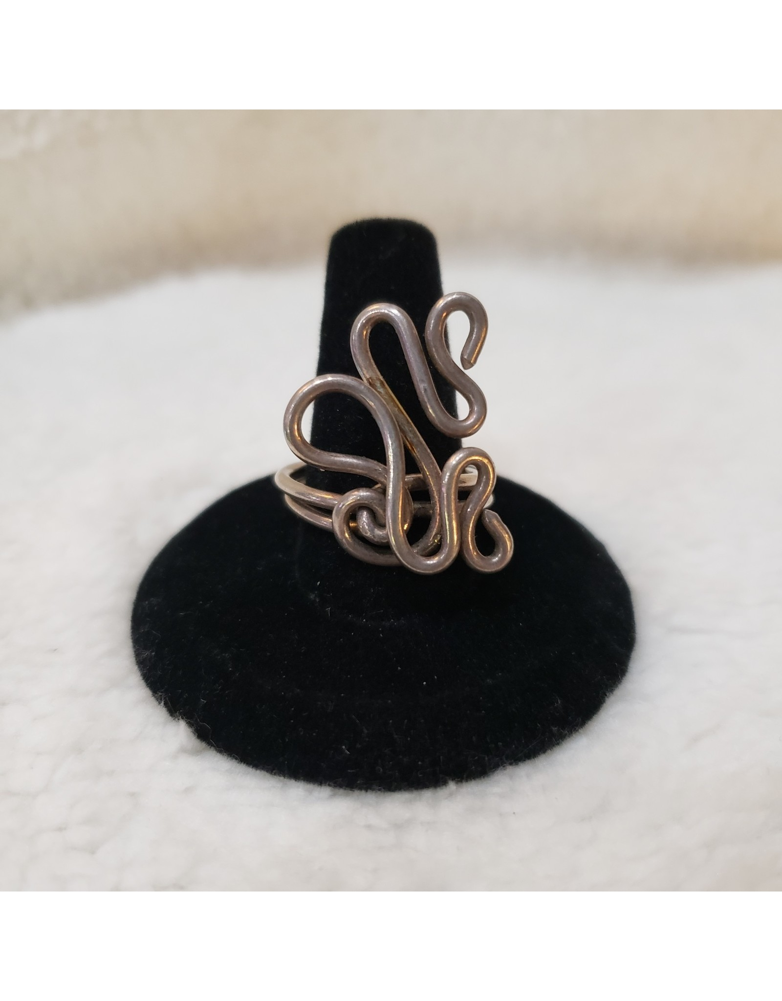 Squiggly Wire Wrapped - Sz. 9