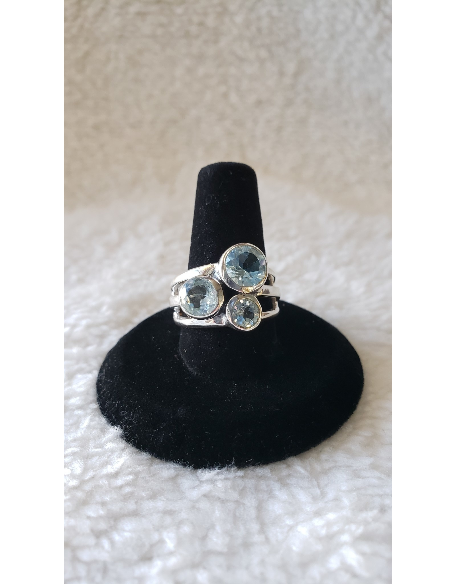 Blue Topaz Sterling Silver Ring - Size 7