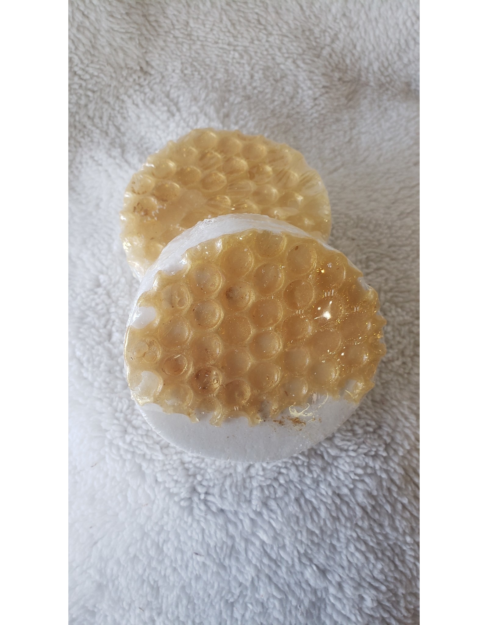 Honey Nectar Bath Bomb